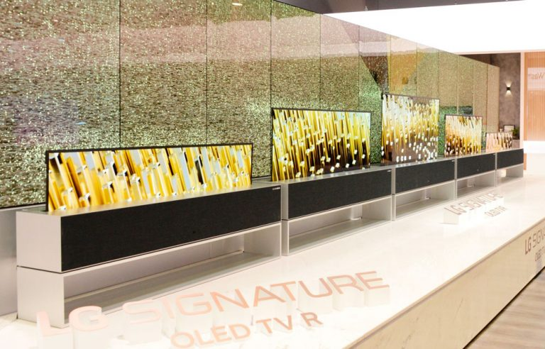 LG Signature OLED-TV R